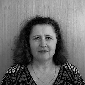 Dr Mira Pojani